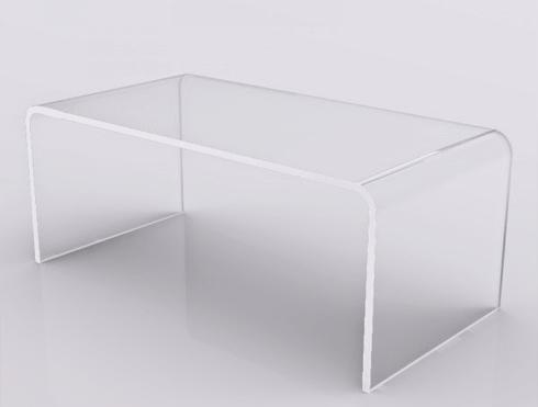 Tavolino da salotto in plexiglass