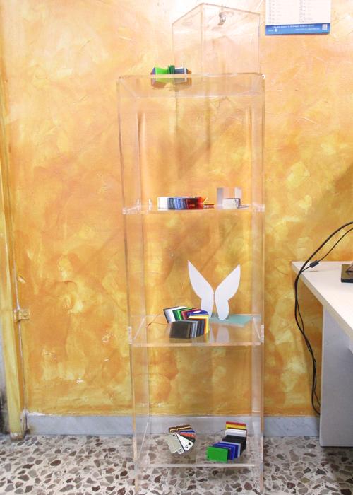 Scaffale teca plexiglass for Plexiglass arredamento
